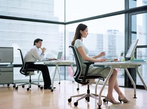 如何选购办公座椅