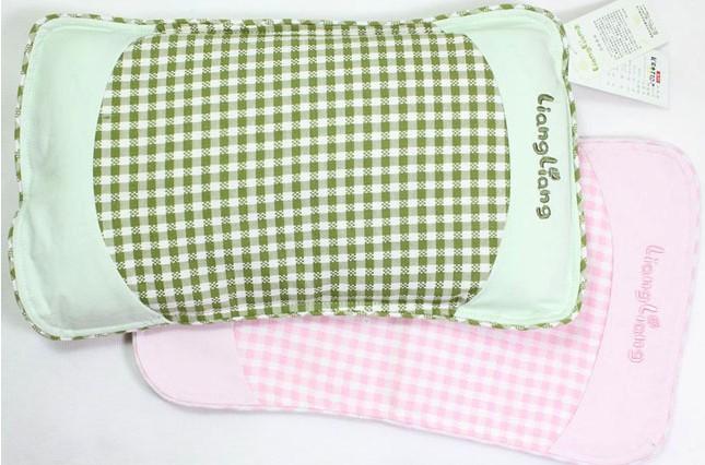 硬度适中、防滑透气的荞麦枕
