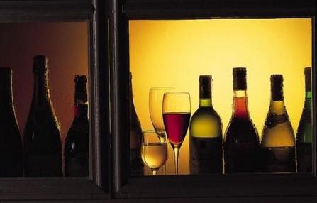 如何鉴别红酒真假