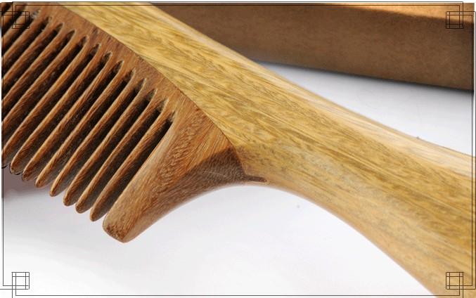什么材质的梳子好?檀木梳有何特点