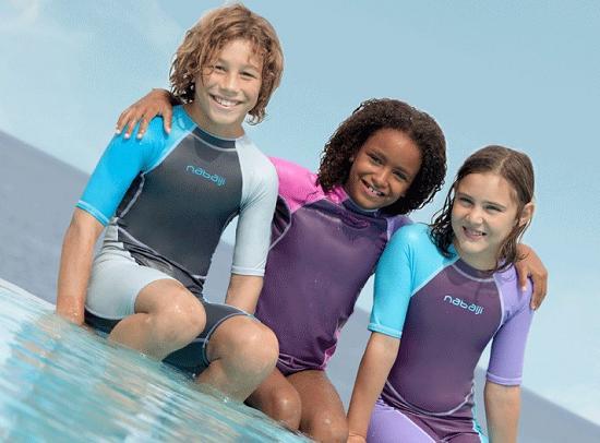 连体儿童泳衣