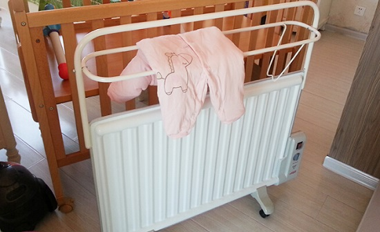 油汀式电暖器