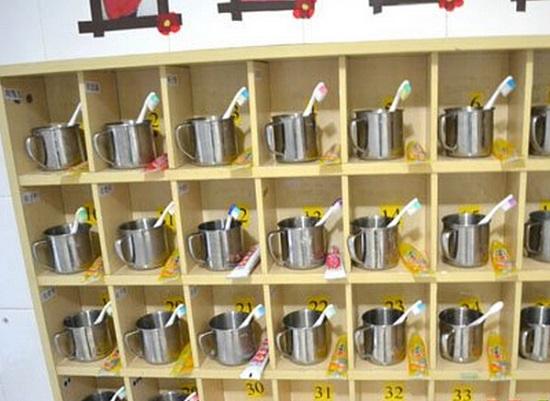 幼儿园的水杯