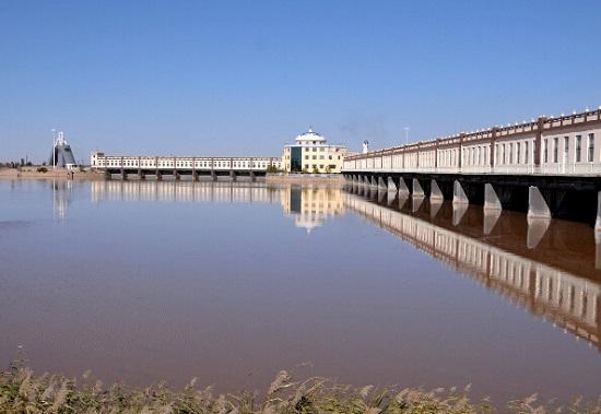 黄河上的水利枢纽