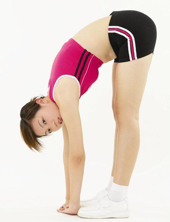 腰腿韧带伸展运动
