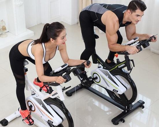 动感单车如何避免膝盖损伤