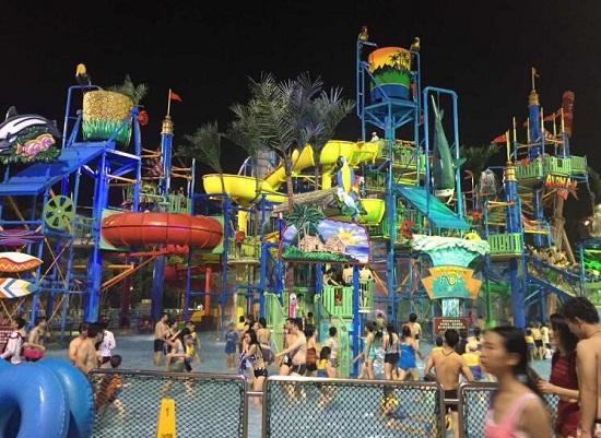 广州长隆的水上乐园