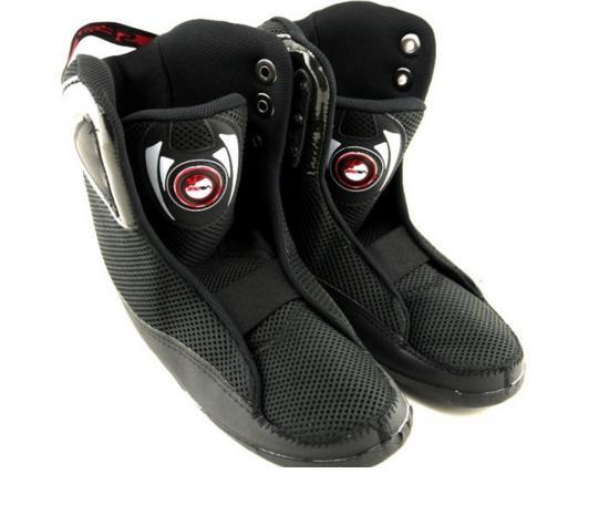 轮滑鞋内靴