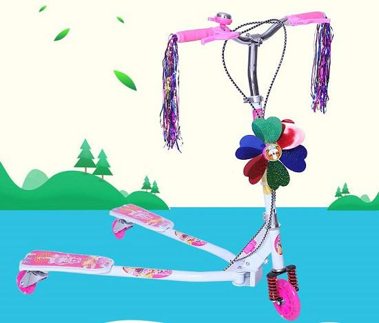 三轮蛙式滑板车