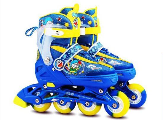 哆啦A梦儿童轮滑鞋