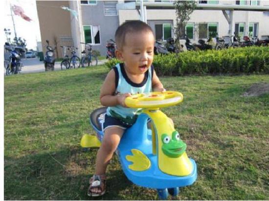 儿童扭扭车好玩吗
