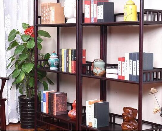 书架上物品怎么摆放好看