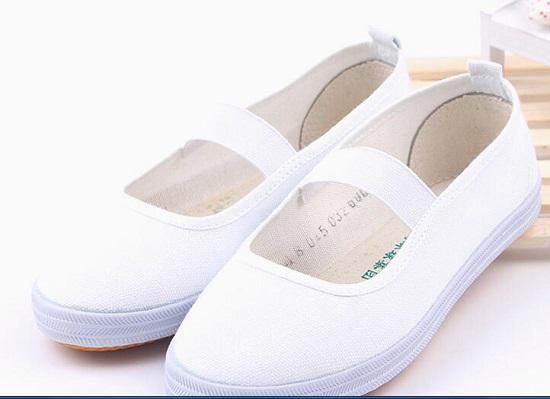 """盘点儿童""""小白鞋"""""""