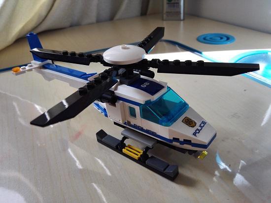 古迪牌直升飞机套装
