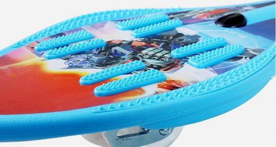 儿童两轮滑板(游龙板)的面板和轮子