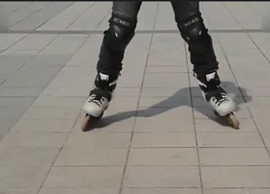葫芦步前滑-开始收腿
