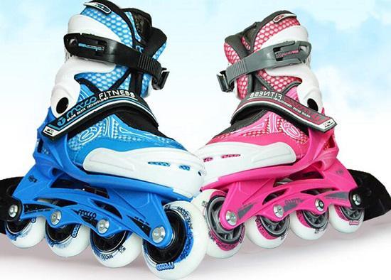 米高商标旗下的mc0轮滑鞋