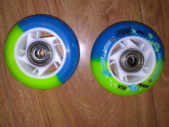 乐秀RX1S轮滑鞋的轮子