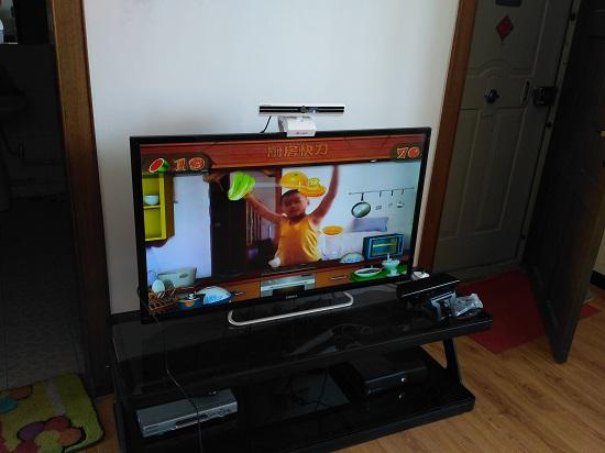 小霸王G80上的《厨房快刀》体感游戏