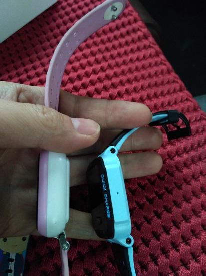 小天才Y02和Y03电话手表