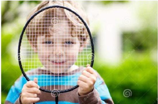 七岁男孩学习羽毛球经历