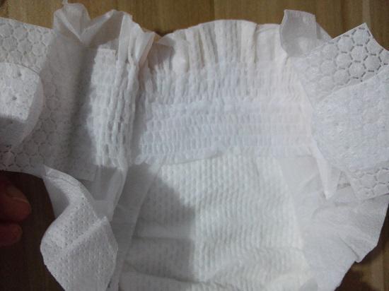 纸尿裤的腰贴