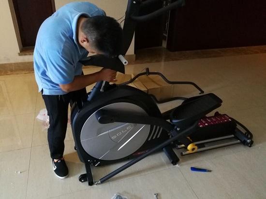 安装过程中的椭圆机
