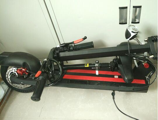 欧宁(Ovinem)电动滑板车