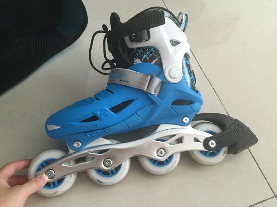 宝狮莱飞天一儿童轮滑鞋