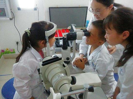 视力检查(网络图片)