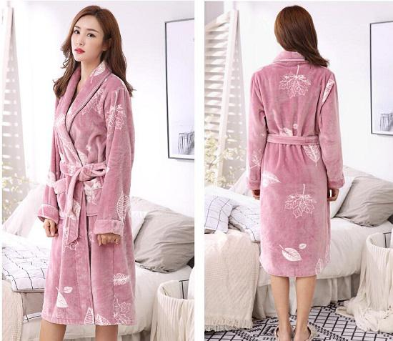 长袍式睡衣