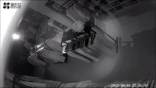 萤石C2C网络监控摄像头的夜间拍摄效果