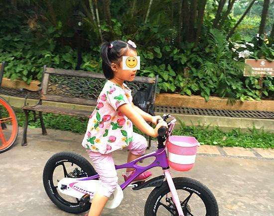 """优贝""""星际飞车""""儿童自行车"""