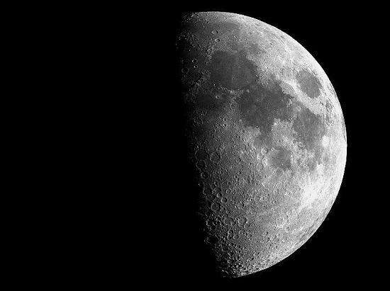 用户上传的月球照