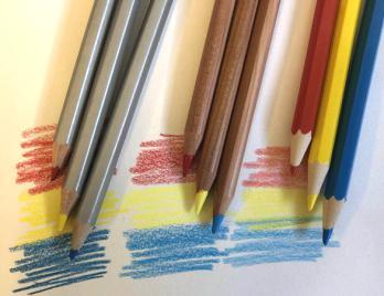彩色铅笔的线条特点