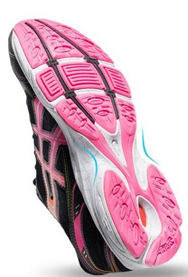 女士跑步鞋