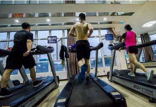 再谈跑步机对膝关节的伤害