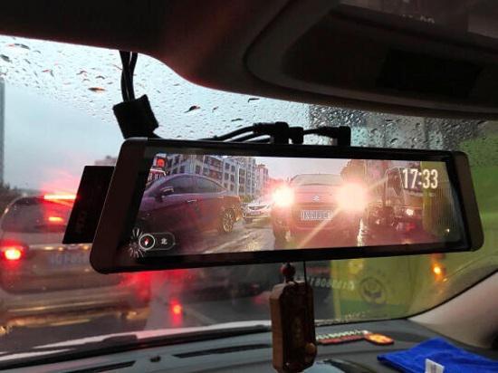 捷渡D800流媒体行车记录仪