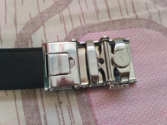 皮带自动扣