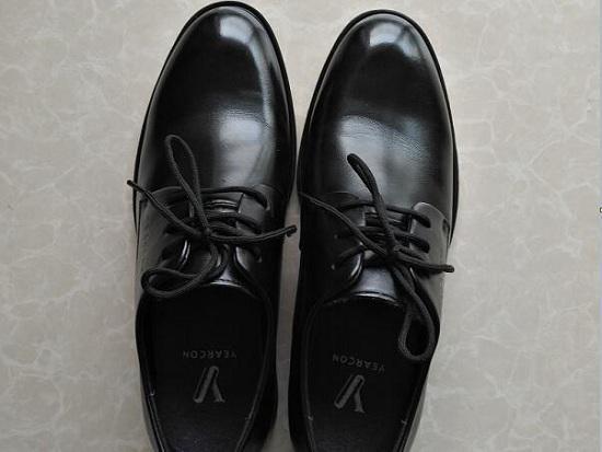 意尔康商务皮鞋