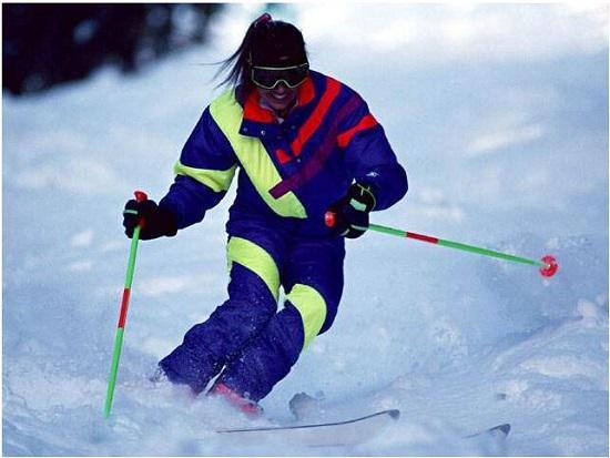 滑雪初学者有必要使用滑雪杖吗?