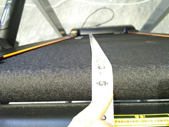 测量跑带的长度