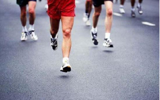 跑步的正确姿式