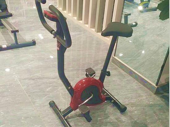 织带健身车