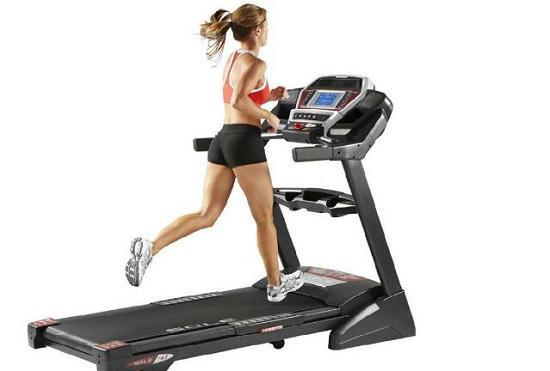 如何在跑步机上减掉更多脂肪
