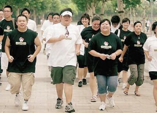 肥胖者跑步